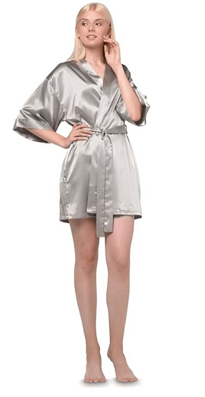 mom robe 2020